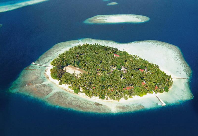 Biyadhoo island resort diving world duikvakanties - Centraal eiland om te eten ...