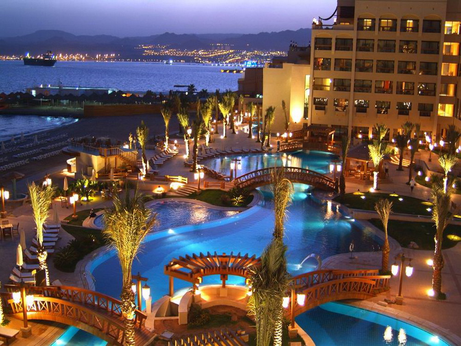 Duikvakantie jordani diving world duikvakanties for Hotels jordanie