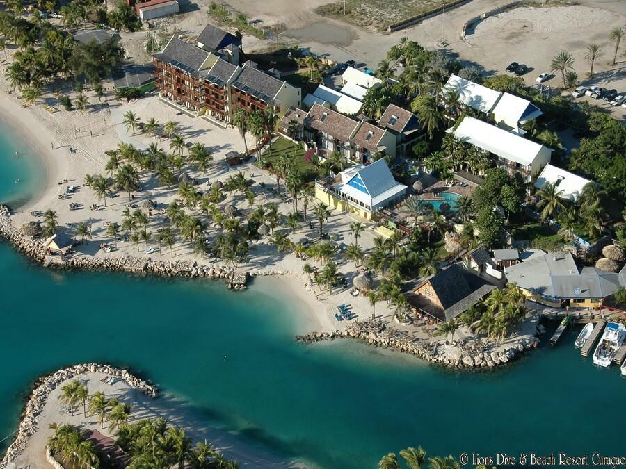 Lions dive beach resort ocean encounters cura ao - Lions dive hotel curacao ...