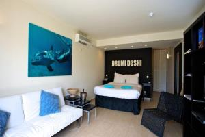 Dolphin Suites & Ocean Encounters