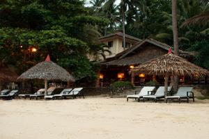 Easy Diving & Beach Resort